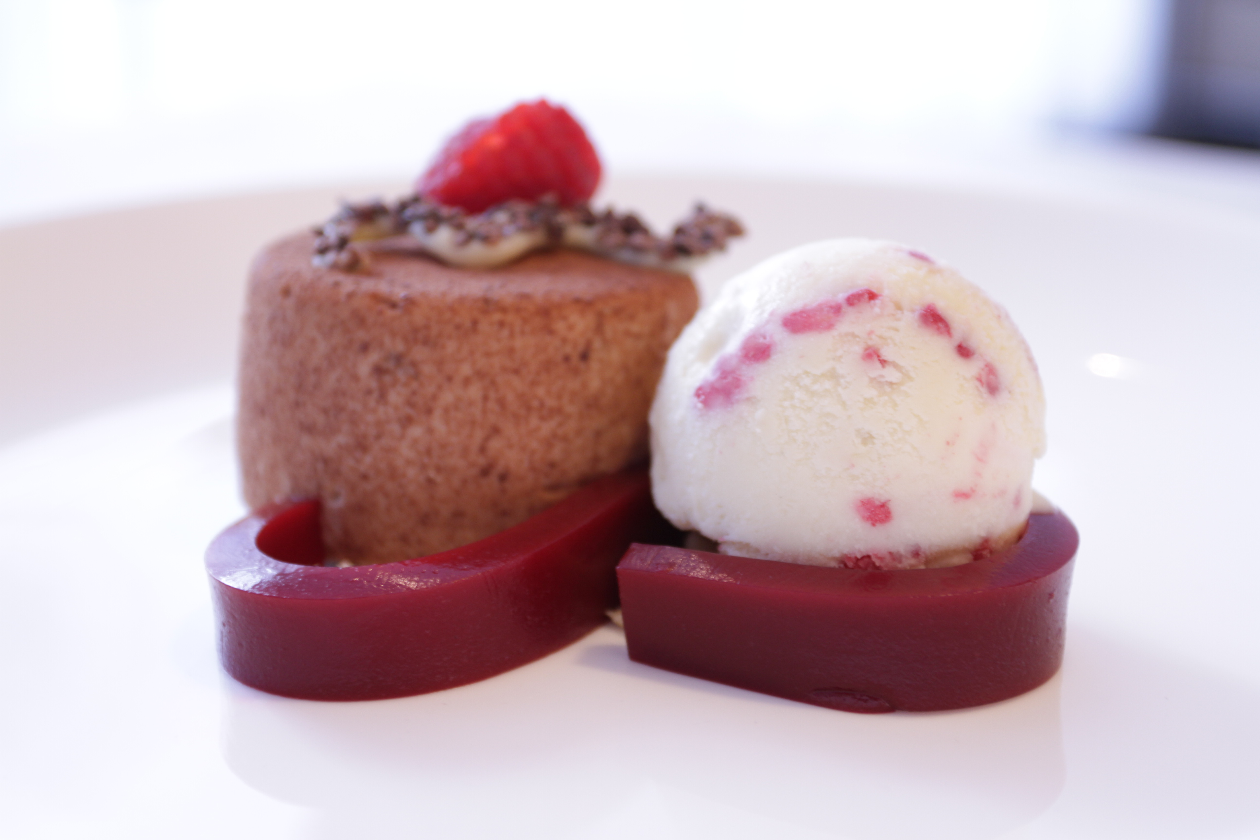 angaro Lait Bombe with Raspberry White Chocolate ice cream
