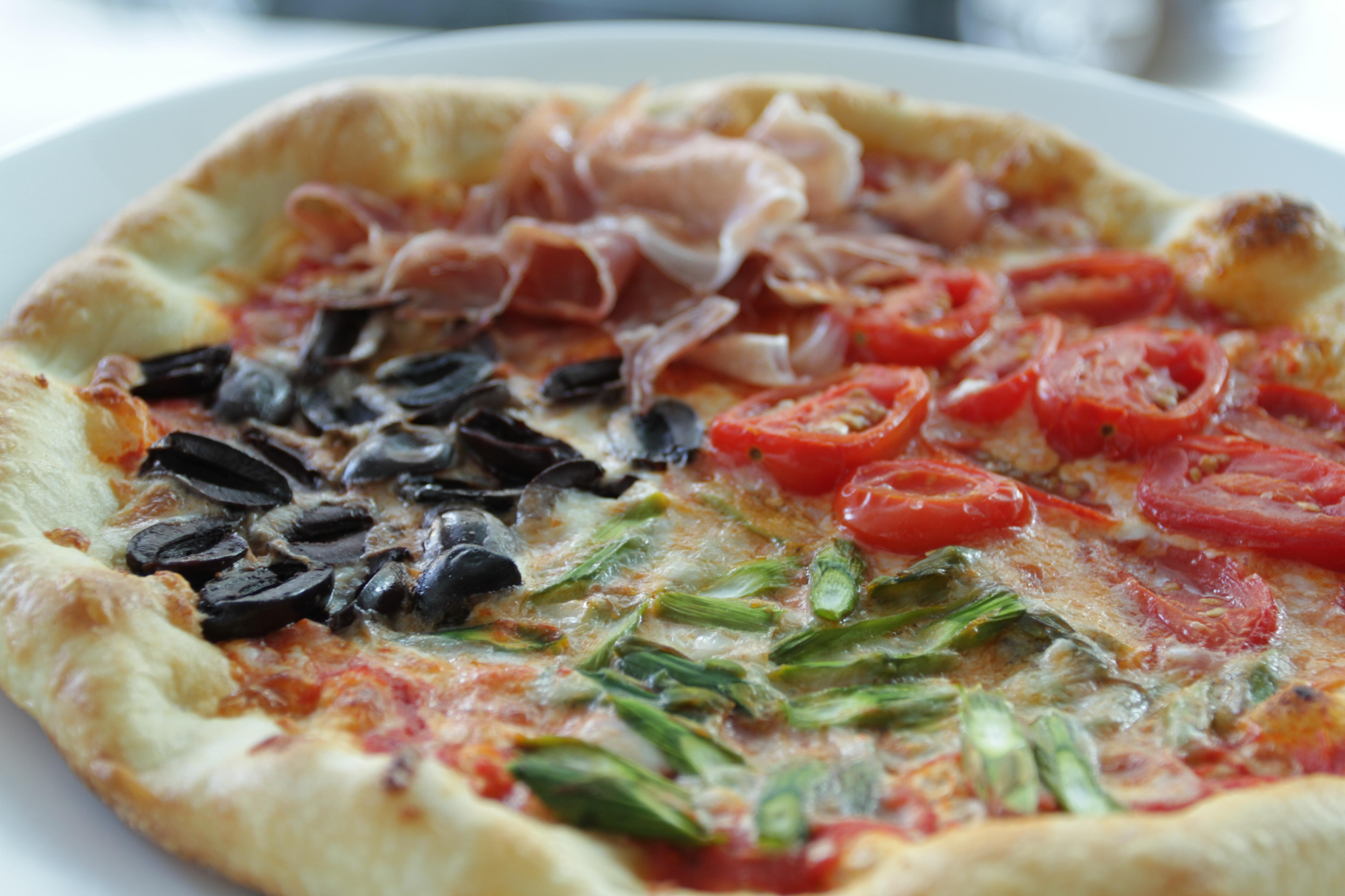 pizza quattro stagione